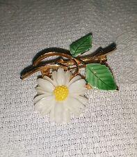 Vintage JJ Jonette Goldtone Metal White Plastic Daisy Flower Brooch Pin