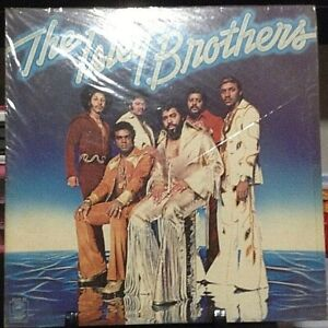 THE ISLEY BROTHERS Harvest For the World Album Released 1976 Vinyl Japan Pressed