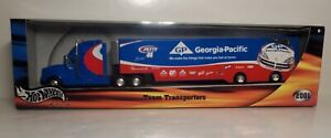 Hot Wheels Racing 2001 NEW Petty 44 Team Transporters / Georgia-Pacific