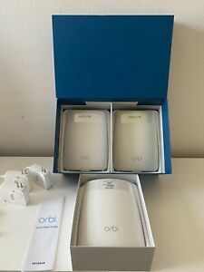 Netgear Orbi RBR50 Router with Two Orbi RBS50 Satellites AC3000