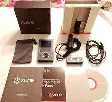 Microsoft Zune 30Gb Black Mp3 Bundle (1089) w/ Org. Box & Fm Transmitter (1100)