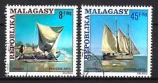 Bateaux Madagascar (92) série complète de 2 timbres oblitérés