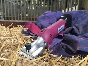 Cordless Heavy Duty Horse Clippers HD Roamer 2 batteries 🐴 2 year UK Warranty