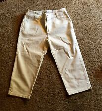 CHICOS  White Platinum Zipper Crop Denim Jeans Pants Size 1 NWT $89