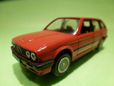 GAMA 1169 BMW E30 325i TOURING - RED - 1:43 - RARE SELTEN - GOOD CONDITION