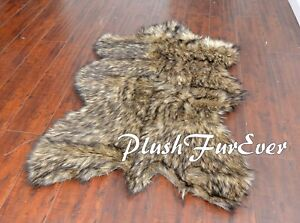 """PlushFurEver Faux Fur Rugs Black Tip Wolf Exotic 28"""" x 36"""" Small Area Rug Thick"""