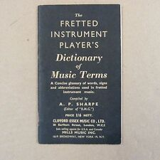 Livres le Fretted instrument Player's Dictionary of Musical Terms, Sharpe 1966