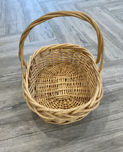 Large 20x15x16 OVAL Natural TWIG WICKER BASKET Woven Handle Gift Fruit Gathering