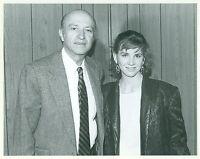 MELISSA GILBERT WITH FOREIGN PRESS WRITER RARE ORIGINAL CANDID 1981 PRESS PHOTO