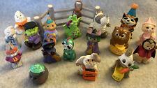 Hallmark Halloween Merry Miniatures Lot Of 18