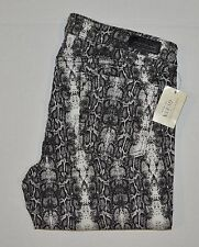 GUESS JEANS New Women's sz 31 GUESS Skinny Jeans -BLACK SNAKE PRINT