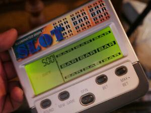 Illuminated Slot RADIO SHACK 60-2669 Handheld Electronic Game Pocket Casino