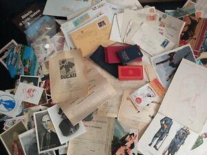 Lotto collezionismo cartaceo francobolli buste  cartoline santini documenti ecc.