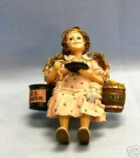 Boyds Wee Folkstone Ms. Picklesencream
