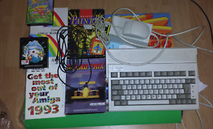 Vintage Commodore Amiga 600 boxed in good condition and recapped