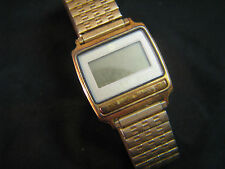 Rare Vintage TIMEX S CELL DIGITAL LCD WRIST WATCH Gold Tone STRETCH BRACELET