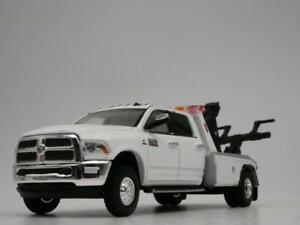 2018 RAM 3500 LARAMIE TOW TRUCK RARE 1:64 SCALE DIORAMA DIECAST MODEL CAR
