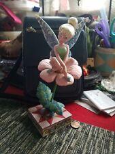 Jim Shore Disney Showcase Sitting Pretty Tinker Bell Figurine Enesco Hallmark