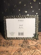 """Furio Home Golden Leaves W/ Frog"""" Picture Frame -4"""" x 6- Preowned"""