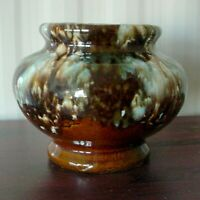 VINTAGE BRUSH MC COY ONYX GLAZE URN HANDLE VASE 1930s BROWN AQUA DRIP