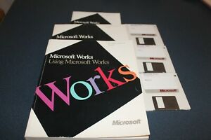 Microsoft Works Complete for Apple Macintosh Systems 6 and 7 Disks and 3 manuals