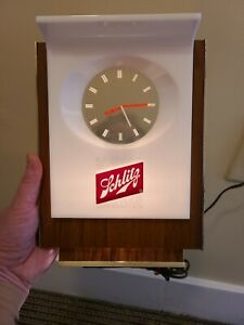 Schlitz Beer Sign Clock Vintage  UNIQUE FLOATING HANDS Really cool one LOOK