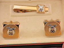 SWANK GOLD PLATED MASONIC CLIP-ON TIE BAR  AND CUFF LINKS, IN THE ORIGINAL CASE