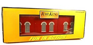 MTH Rail King Dual Stall Engine Shed with Lighting 30-90425 in Original box