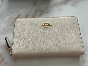 Coach Medium ID Zip Around Wallet Chalk Pebble Leather NWT $188