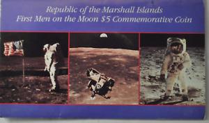 1989 Marshall Islands 5 Five Dollars Copper Nickel Coin KM# 13 Men on Moon