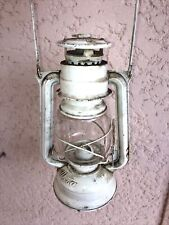 ( n°2 )  ancienne lampe à pétrole blanche Meva 863 Fabriqué en Tchécoslovaquie