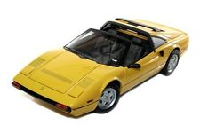 FERRARI 308 GTS 1/18 YELLOW BY HOT WHEELS ELITE P9898 BOX SLIGHTLY DAMAGED