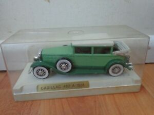 1/43 SOLIDO AGE D'OR - CLASSIC #4085 CADILLAC 452 A LANDAULET GREEN DIECAST CAR