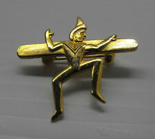 VINTAGE Brownie Girl Guide Pixie pin metal LOW SHIP COST
