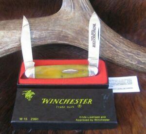 "1988 Winchester, 2991, 2 Blade Moose Knife, Smooth Yellow Bone,3 1/2"" Black Box"