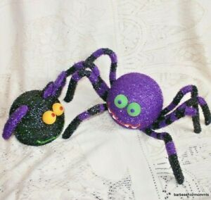 AVON COLOUR CHANGING SPIDER AND BAT ~ HALLOWEEN DECORATIONS / TOYS ~ NEW