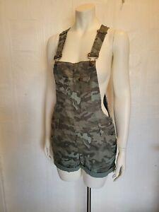 NWT L.E.I. Camouflage Rolled Cuff Utility Pocket Shortalls Size Medium