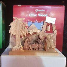 Krippen eingebaute Figuren  olivenholz deko weihnachten