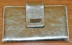 Great Kenneth Cole Reaction Women's Whitney Wallet Organizer - Gold - NWT