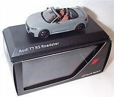 Audi TTRS Roadster ARA BLEU concessionnaire Modèle Échelle 1-43 New In Case Boxed