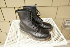 Dr Marten 1460 W Leather 8 Eye Combat boots Black Lace Up 8 EUR 39 Doc