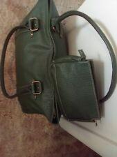 Estee Lauder Large Green Duffel Overnight Zipper Bag