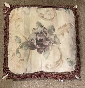 Croscill Chambord Cassis Decorative Square Throw Pillow 16x16 EUC