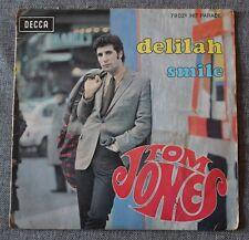 Tom Jones, Delilah / smile, SP - 45 tours