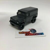 Land Rover Defender 110 Hard Top * Hot Wheels LOOSE Diorama 1:64 Scale * F1026