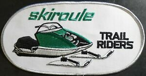 """N.O.S VINTAGE SKIROULE TRAIL RIDERS SNOWMOBILE BACK PATCH 10"""" X 5"""" SWEET (511)"""