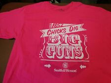 Smith & Wesson Firearms  - Chicks Dig Big Guns   Pink Large  T Shirt    S12