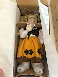 """Ashton Drake Vintage """"Goldilocks"""" Hummel Doll - #76904 - NIB & Never Removed!"""