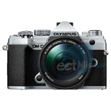 NEW ✓ OLYMPUS E-M5 Mark III KIT w/ 14-150mm lens Silver   1 YEAR WTY ✓
