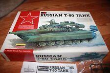 VINTAGE LINDBERG 1/35 RUSSIAN T-80 TANK   Plastic Model Kit #76004